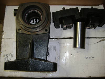 Chevy GMC Turbo 350 to NP 205 Transfer Case Adapter