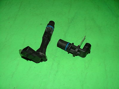 04 Corvette C5 LS1 5.7L ENGINE CRANK AND CAM SENSOR OEM