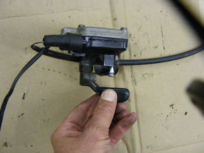 8806 YAMAHA YFS200 BLASTER THROTTLE ASSEMBLY w/ CABLE
