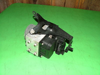 02 Subaru Impreza WRX Turbo MT ABS BRAKE PUMP OEM