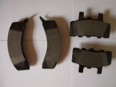 AC Delco Brake Pads Suburbans and Trucks   MANY MORE