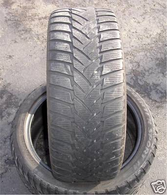 2  Dunlop   P23540R18    Winter Tires