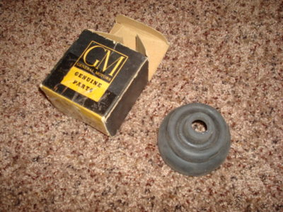 NOS GM Manual Transmission Shifter Boot  2358354