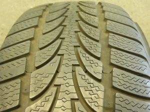 2 NICE NOKIAN WR, 215/55/17, WINTER TIRES # 22701
