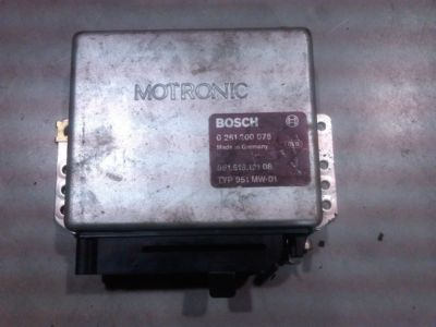 Porsche 944 Turbo ECU Computer 0261200075 95161812108