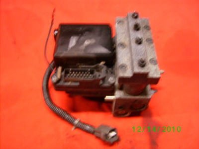 1996 Toyota Avalon ABS brake system pump  ZC25