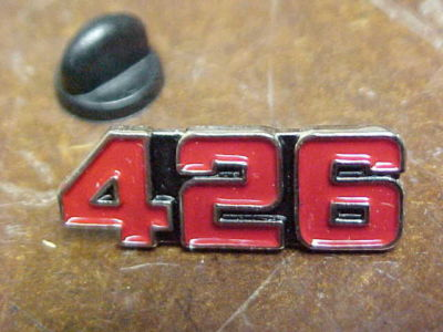 MoPaR 426 HEMI ENGINE LARGE RED NUMBER HAT PIN MINT