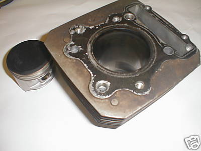 Honda Big Red 1985 250ES Engine Motor Cylinder Piston