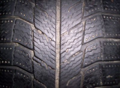 ( 2 ) 2156017 Michelin Winter/Tires