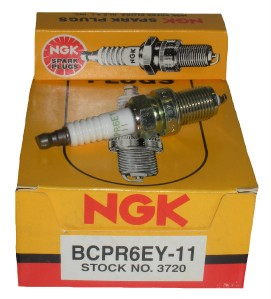 TEN (10)  BOXED NGK SPARK PLUGS BCPR6EY11 STK# 3720