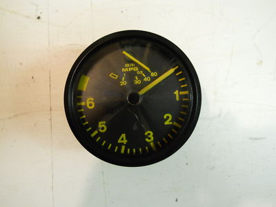 Porsche 944s 944 turbo Tachometer revolutions counter